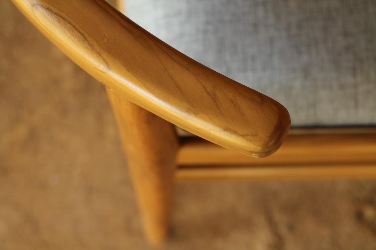 material kayu dari wooden works jepara - modern furniture indonesia